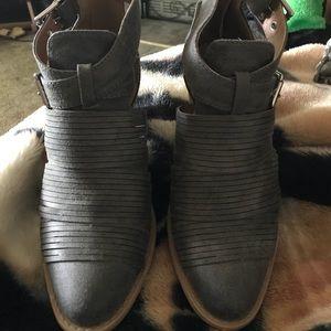 EUC Qupid gray shoe boots